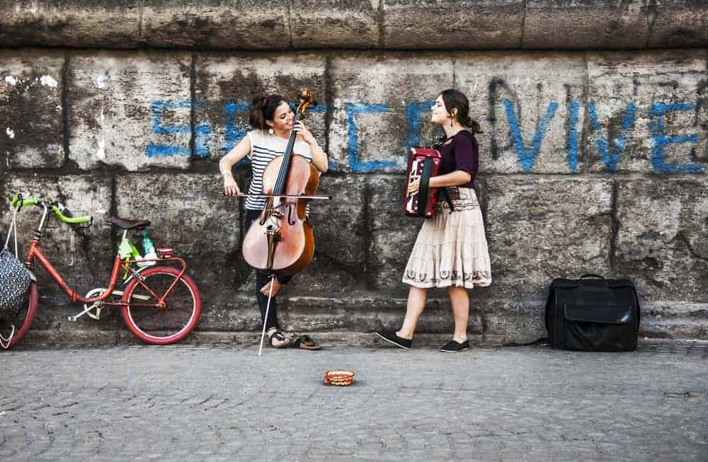 Naples Italy Street Performers